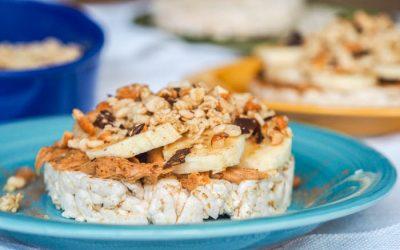 Peanut-Butter-Granola-Rice-Cake-Stacks-Recipe